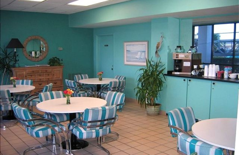 Rental breakfast area at The House Company.