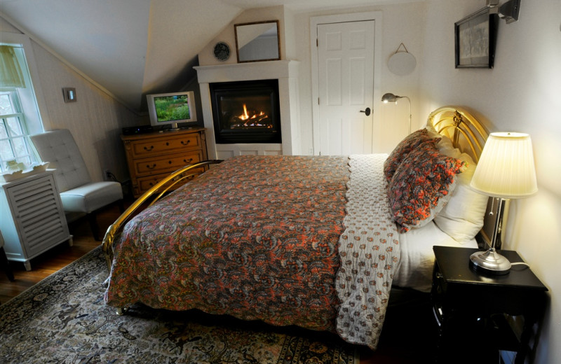 Cottage Rose room at Buttermilk Falls Inn & Spa.