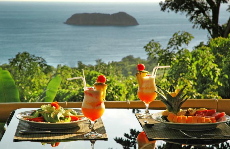 Dining at Si Como No Hotels and Villas.