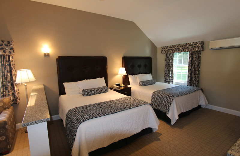 Cottage bedroom at The New England Inn & Lodge.