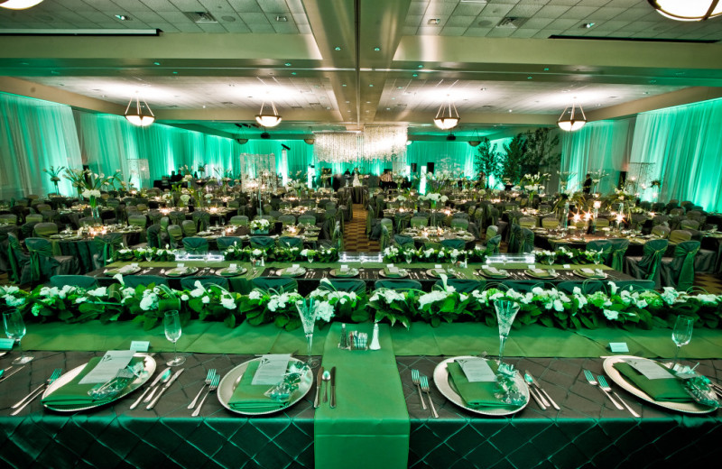 Wedding at Kalahari Waterpark Resort Convention Center.