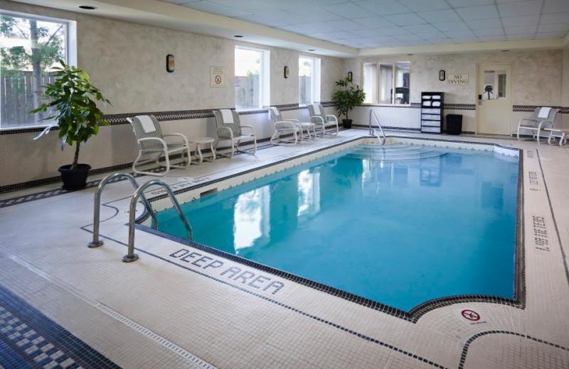Indoor Pool at the Fairfield Inn Toronto Oakville