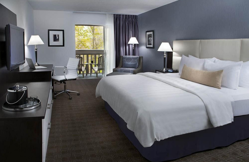 Guest Room at the Toronto Don Valley Hotel & Suites