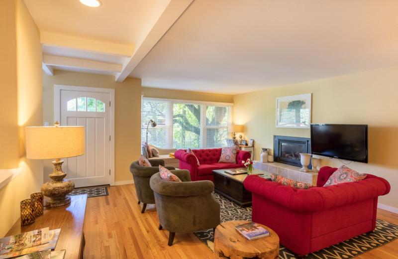 Cottage living room at Aurora Park Cottages.