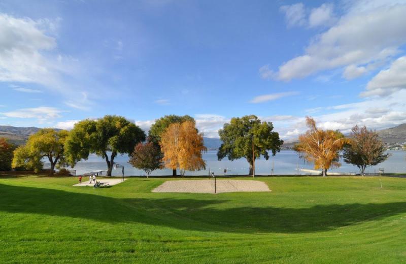Lakeside park at Lakeside Lodge & Suites.