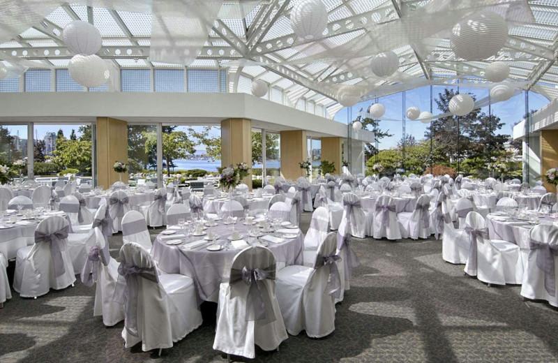 Wedding at at Inn at Laurel Point.