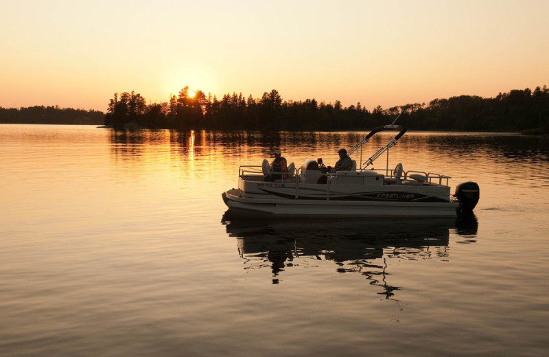Boating at Kabetogama Lake Association.