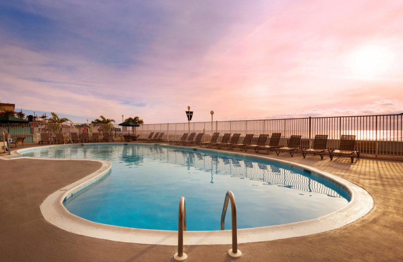 Outdoor pool at Quality Inn Boardwalk Ocean City.