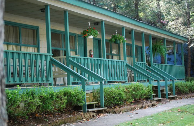 Dogwood Suites at Mill House Lodge.