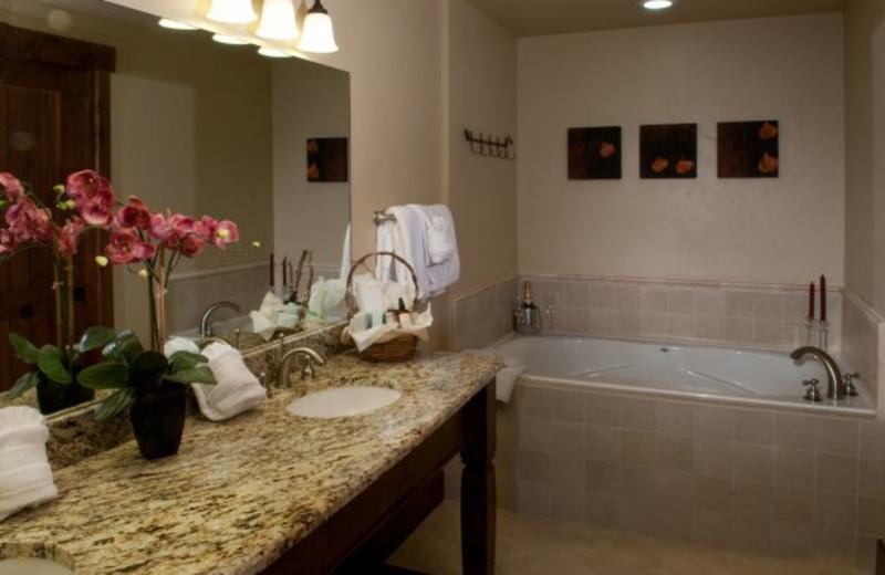 Master bathroom at Grand Lodge on Peak 7.