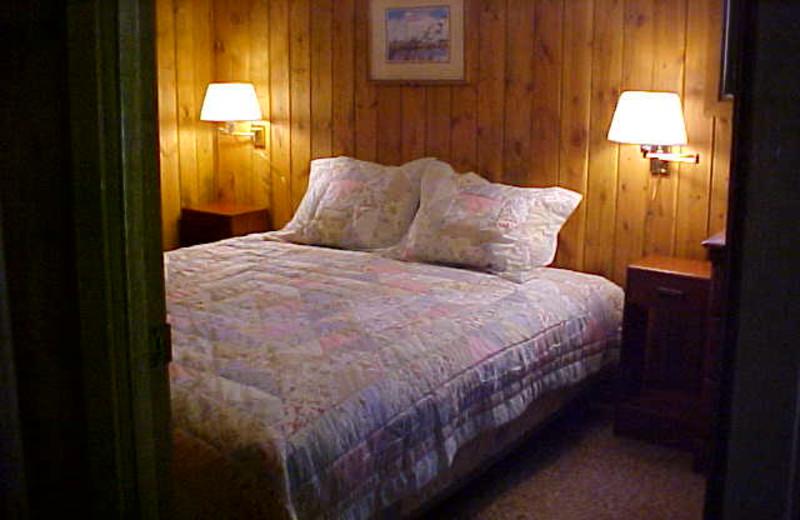 Cabin bedroom at Tamarack Resort.