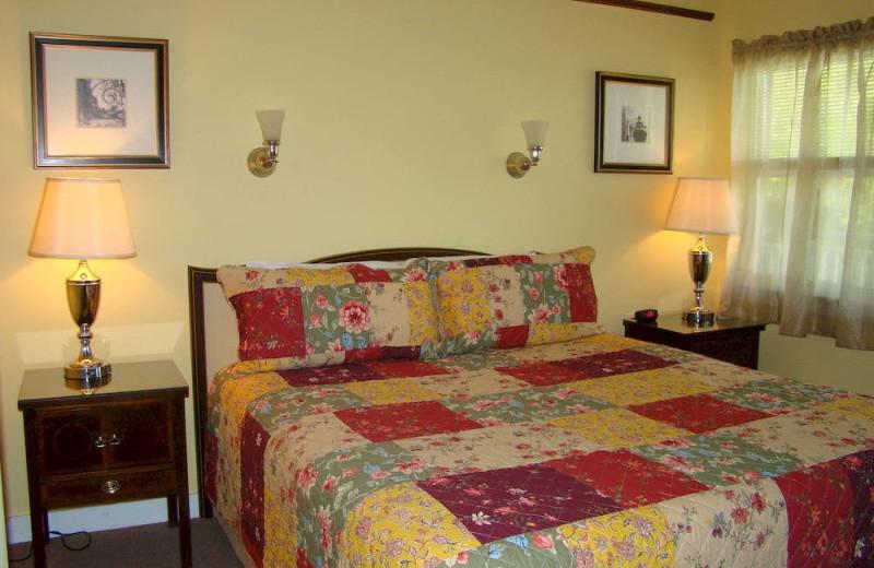 Guest room at Belfast Breeze Inn.