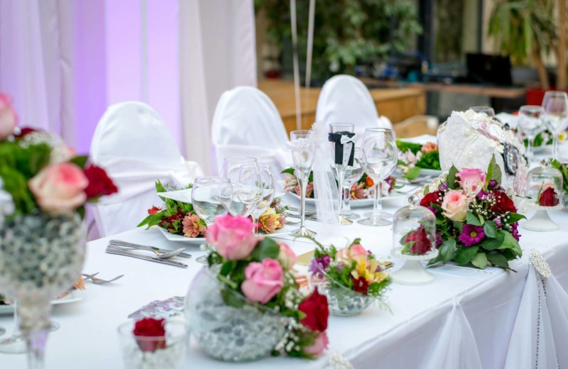Weddings at Clarion Resort Fontainebleau Hotel.