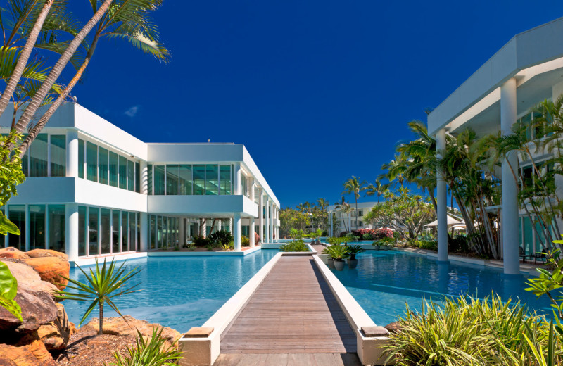 Exterior view of Sheraton Mirage Gold Coast Hotel.