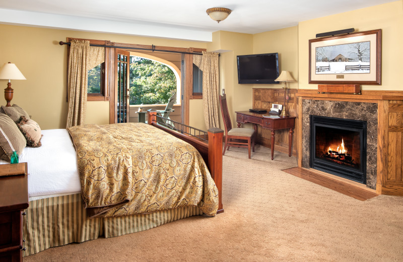 A fantastic guest room in the Bob Timberlake Inn.