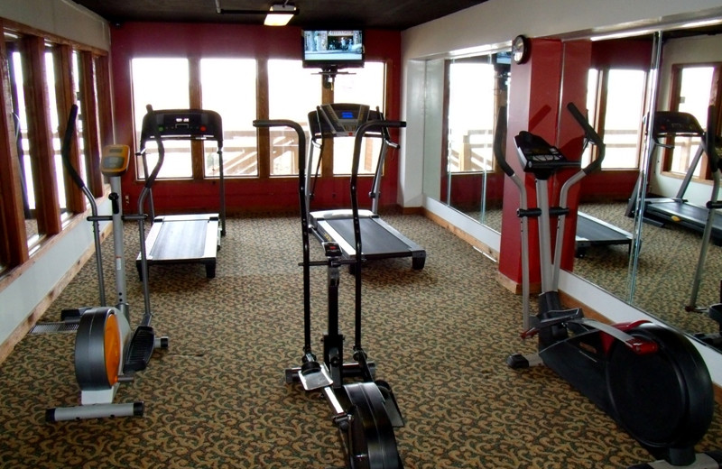 Fitness room at Inn at Grand Glaize.