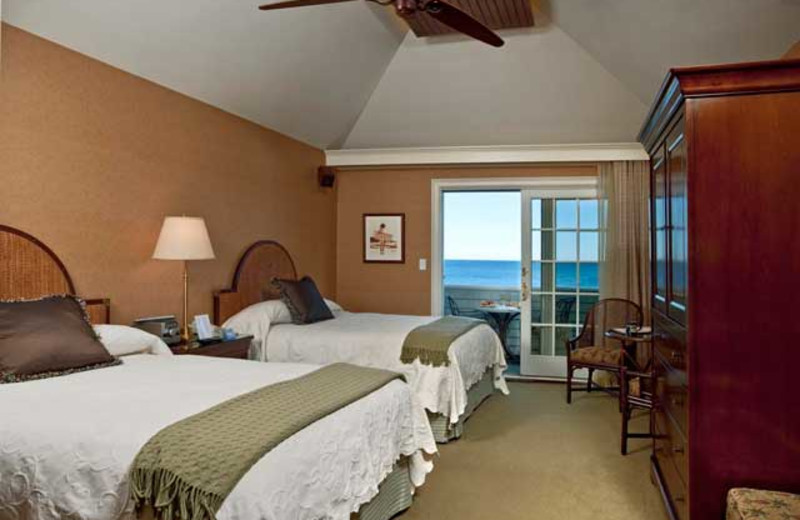 Double guest room at Stage Neck Inn.