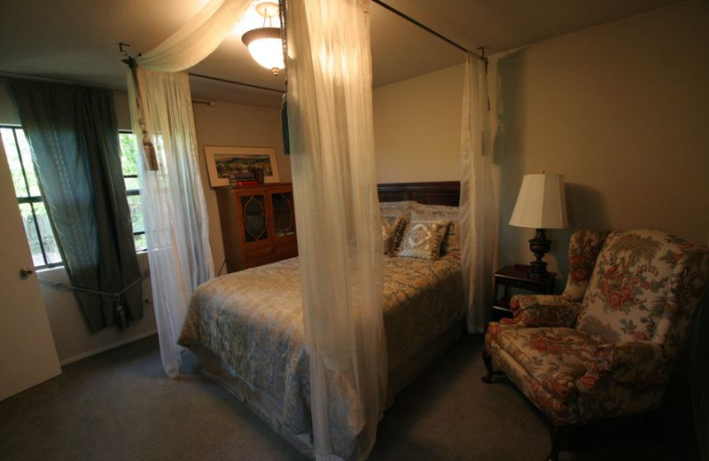 Guest room at Lakeport English Inn.