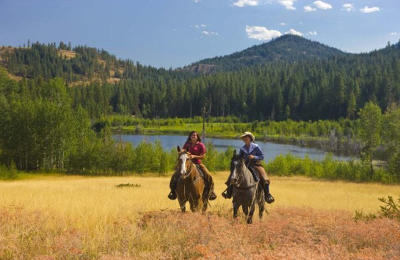 Horseback riding at Sun Mountain Lodge.
