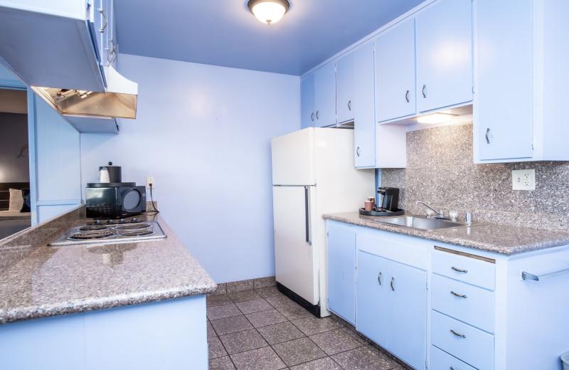 Guest kitchen at Aqua Breeze Inn.