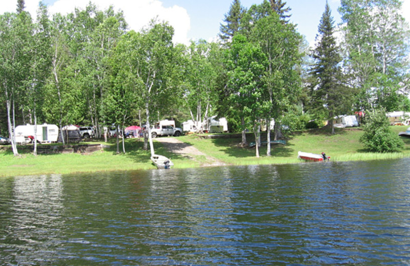 Campground at Happy Holiday Cottages.