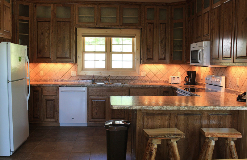 Cottage kitchen at Cedar Valley Resort.