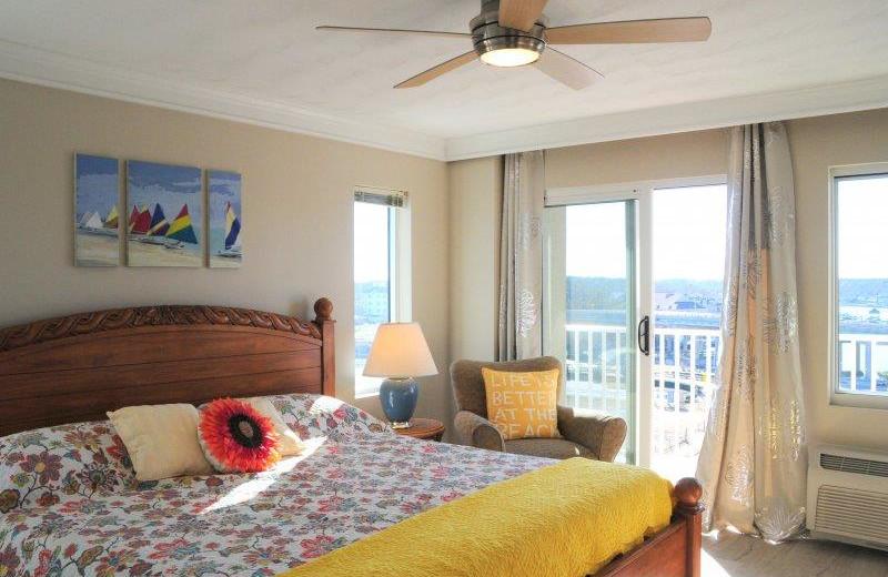 Rental bedroom at Dolphin Run Condominium Association. Inc.