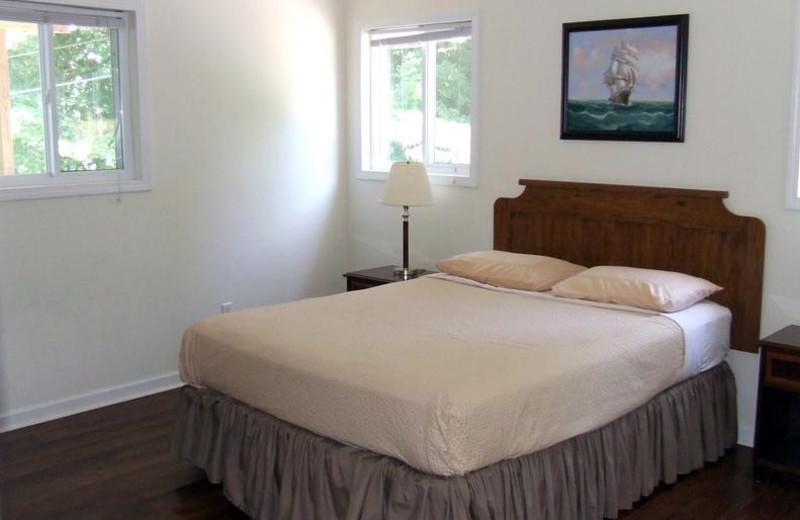 Cabin bedroom Buzzard Rock Resort and Marina.