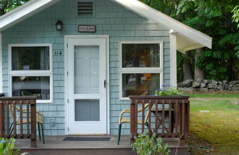 Cottage exterior at The Wren's Nest Village Inn.