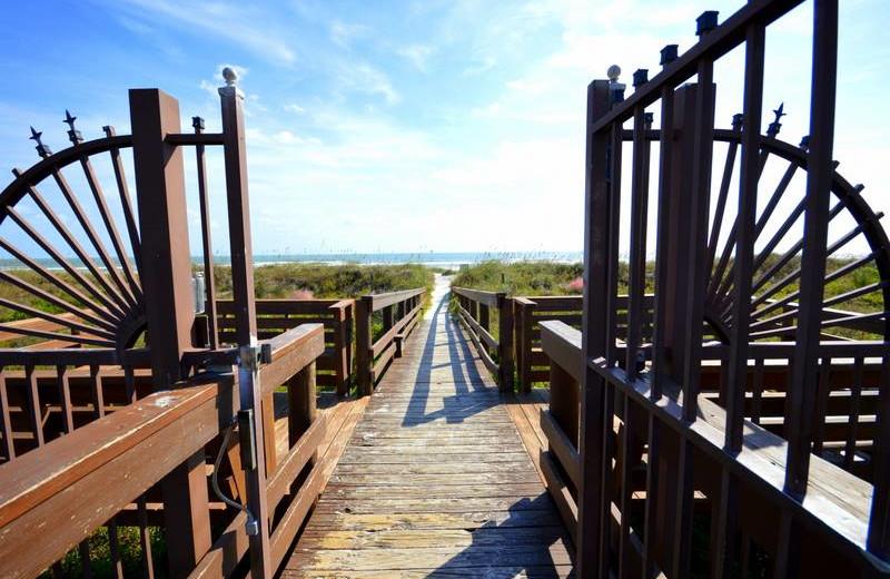 Boardwalk to beach at St. Augustine Ocean & Racquet Resort.