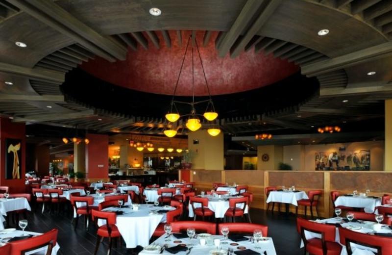 Dining at the Hilton Niagara Falls