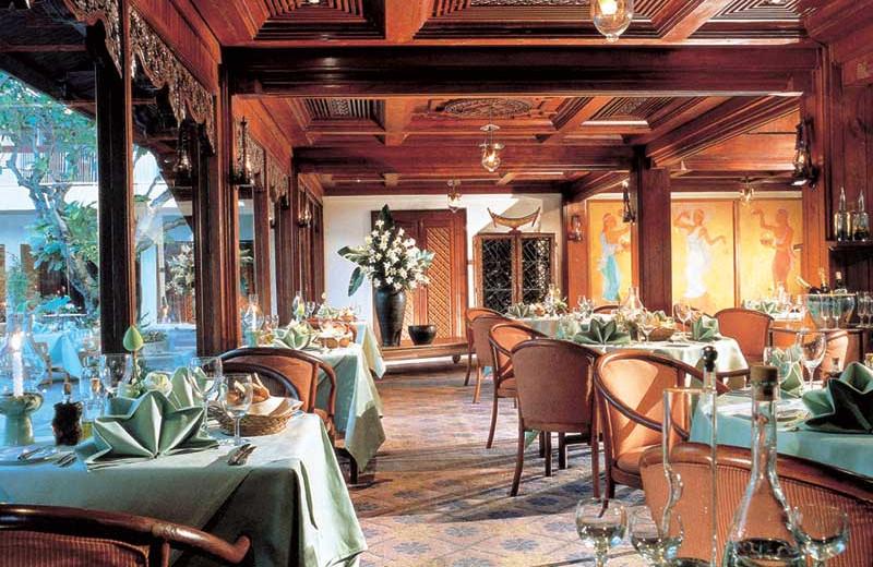 Dining at Amari Rincome Hotel.
