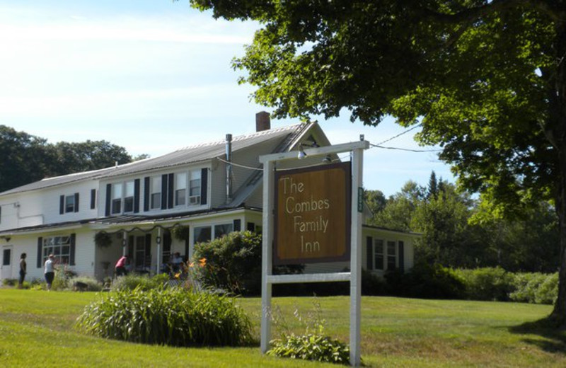 Exterior view of Combes Family Inn Bed and Breakfast.