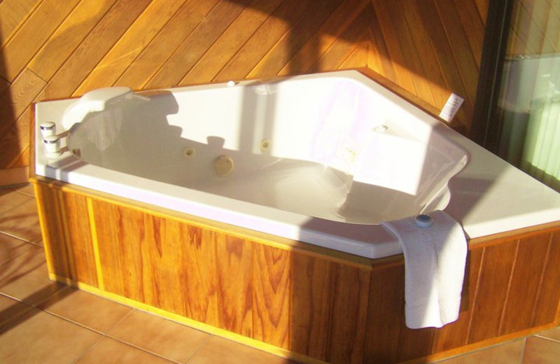 Jacuzzi at Basswood Country Resort.