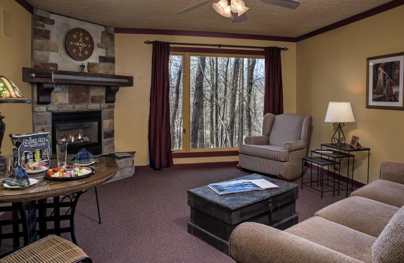 Guest living room at Glenlaurel, A Scottish Inn & Cottages.