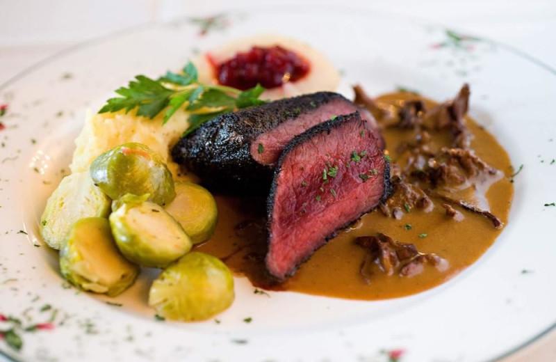 Dining at Alpenhof Lodge.