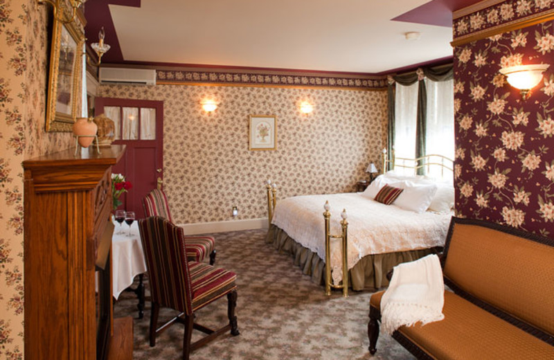 Guest room at Sauntry Mansion B & B.