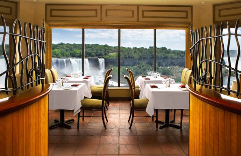 Dining at Crowne Plaza Hotel Niagara Falls - Fallsview.