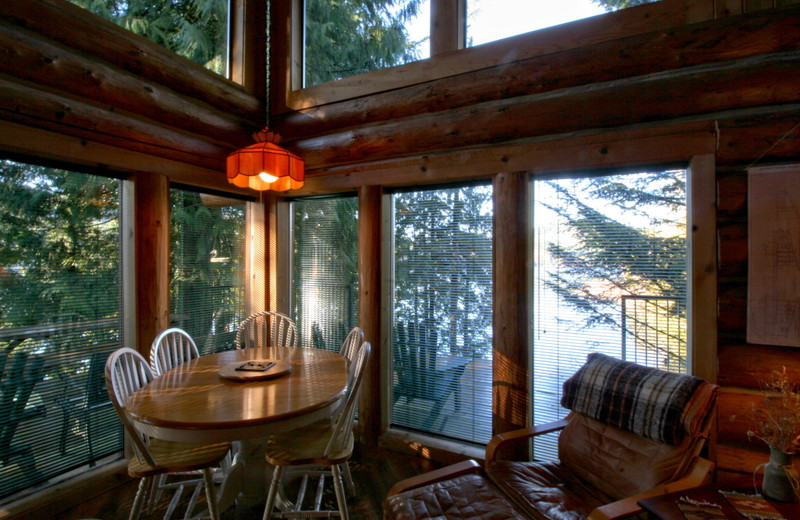 Cabin dining room at Mt. Baker Lodging.