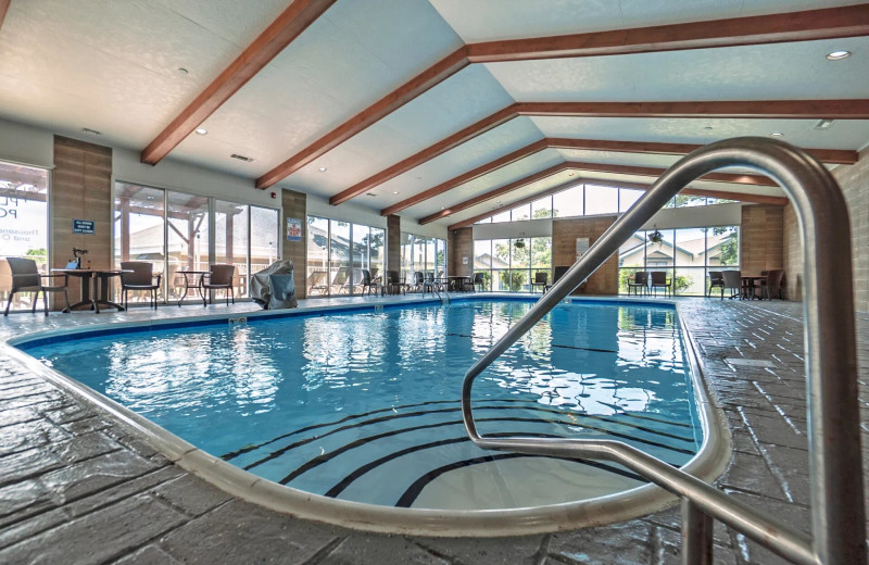 Indoor pool at Thousand Hills Vacations.
