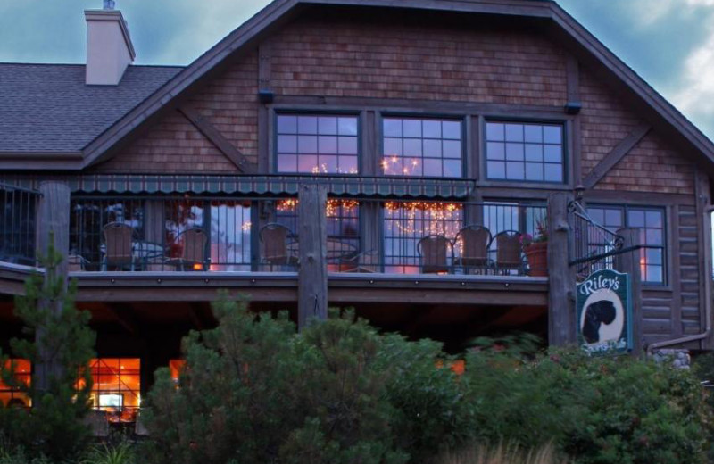 Restaurant at Bigfork Mountain Lake Lodge.