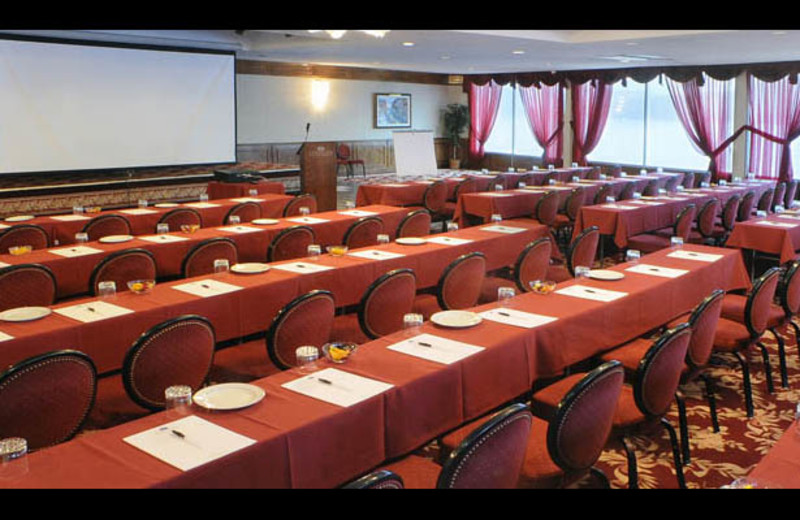 Conference at The Georgian Lakeside Resort.