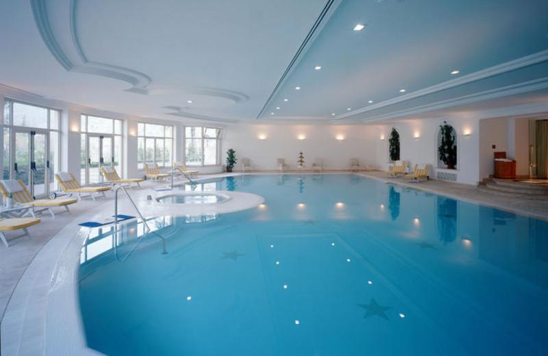 Indoor pool at Grand Hotel Palazzo della Fonte.