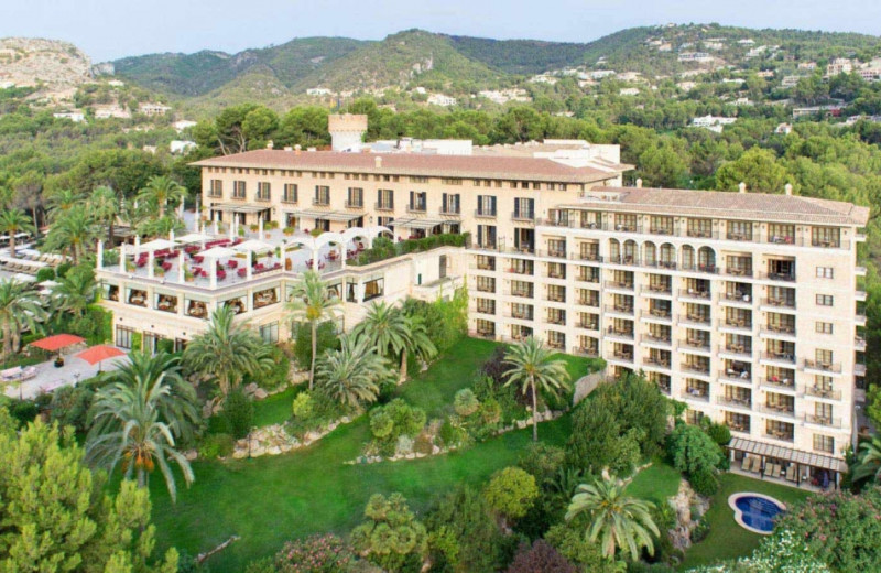 Exterior view of Hotel Son Vida.