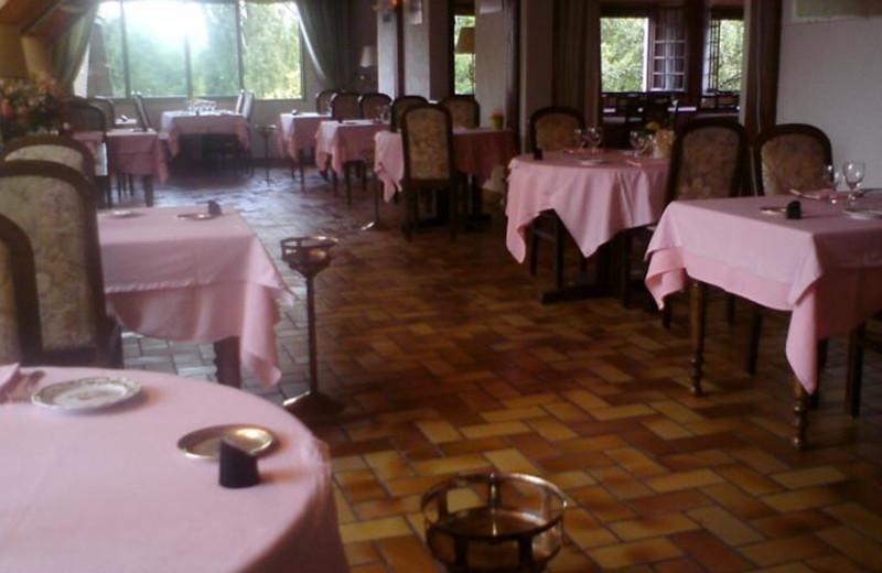 Dining at Hôtel Restaurant Le Fartoret.