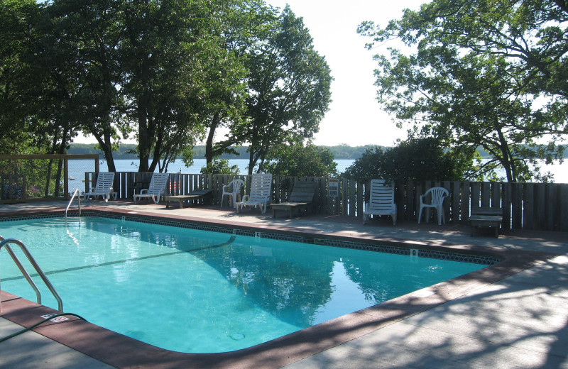 Outdoor pool at Finn'n Feather Resort.