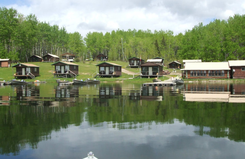 Lakeside Cabins at Big Canon Lake Lodge