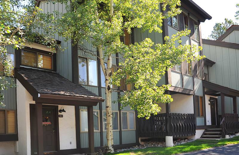 Townhouse exterior at Vail Racquet Club.
