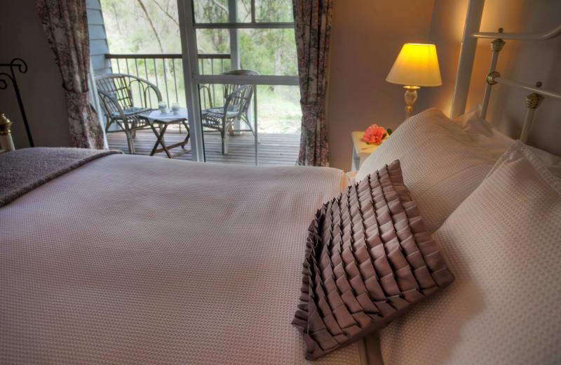 Cottage bedroom at Diamondvale B&B Cottages.