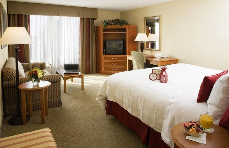 Guest room at Crowne Plaza Fort Myers.